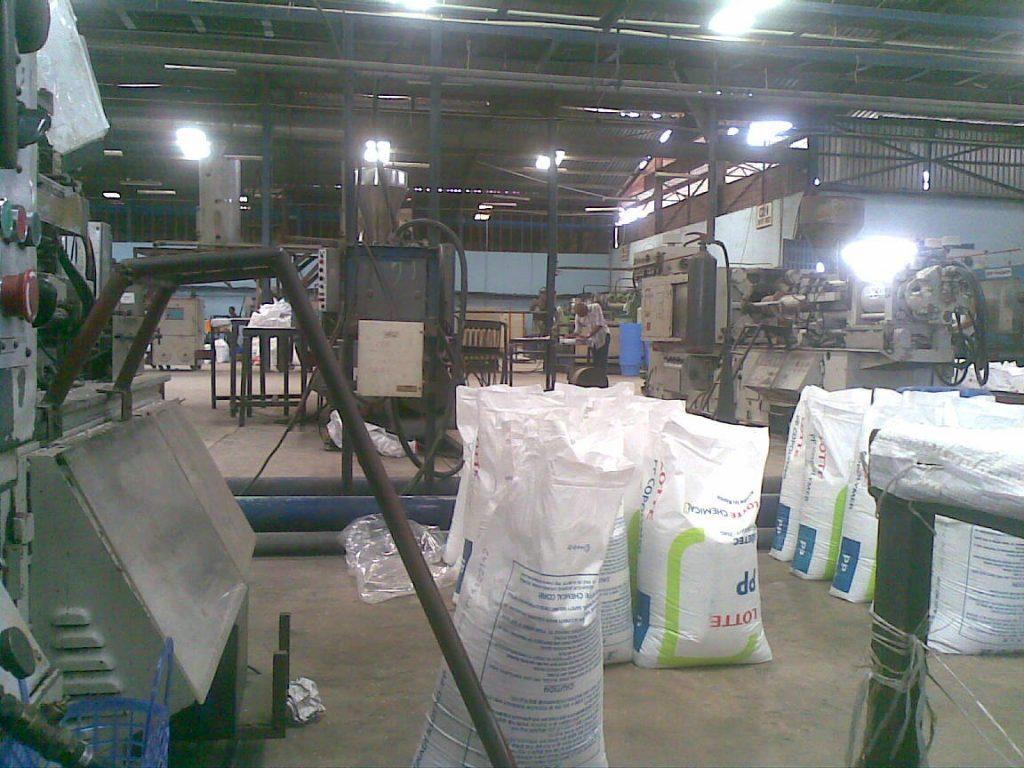 inside-a-factory-in-nigeria